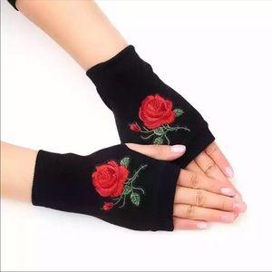 Rose Embroidered Black Fingerless Knit Gloves